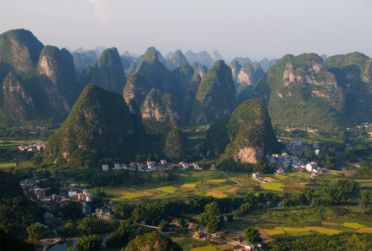 how to get from yangshuo to wulingyuan